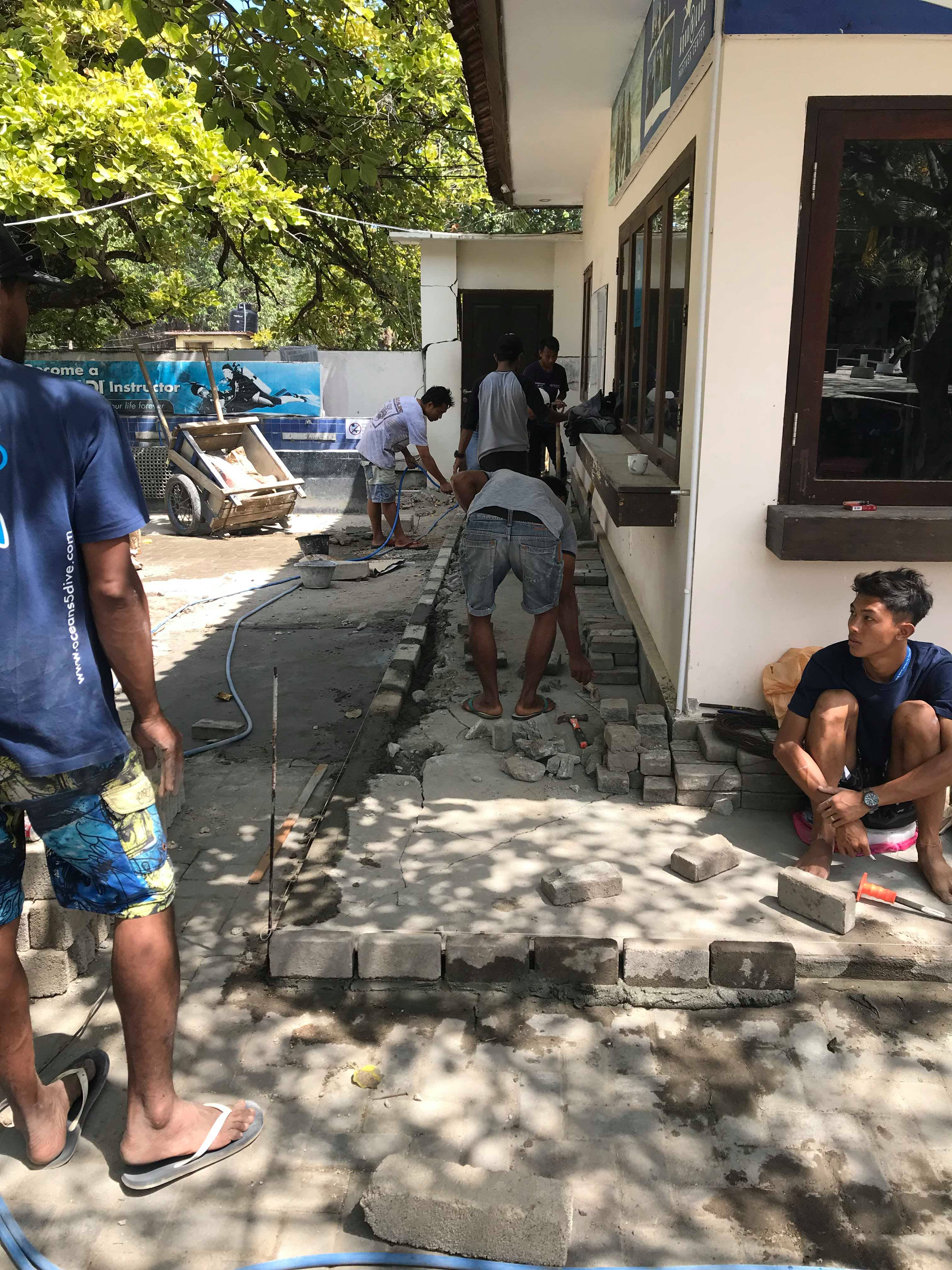 Rebuild Gili with our staff